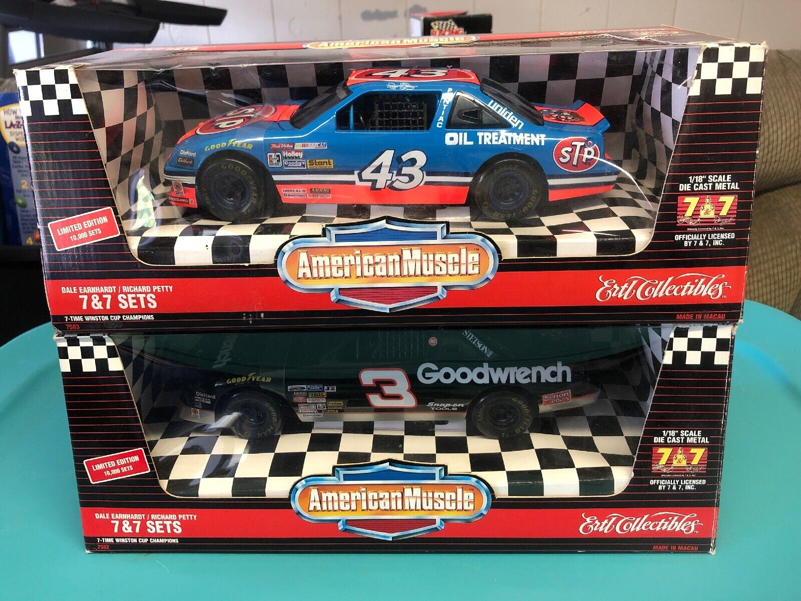 Dale Earnhardt Richard Petty  7&7 American Muscle Diecast voiture Set 1 18 Scale Ertl  bon prix