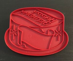 Image Is Loading Vintage Tupperware Red Plastic Happy Birthday Cake Cookie