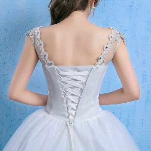 V-neck Wedding Dress Lace Applique Long Bridal Gown Sleeveless Embroidery Cloth