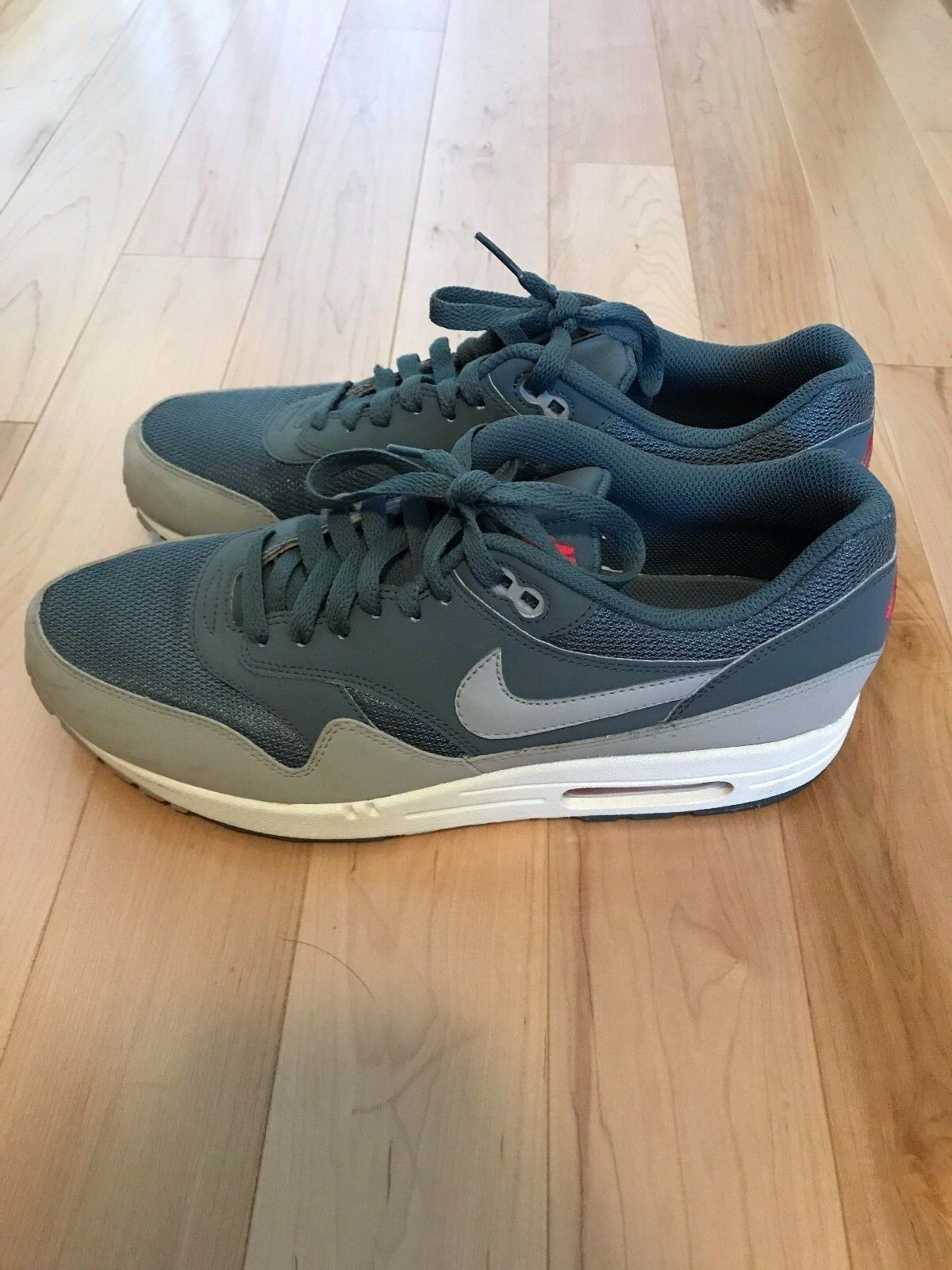 AUTHENTIC Nike Air Max 1 QS Comfortable New shoes for men and women, limited time discount