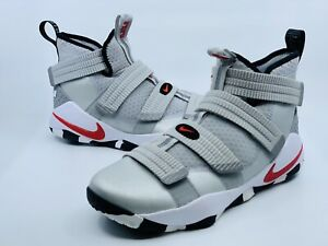 NEW NIKE LeBron Soldier XI Silver