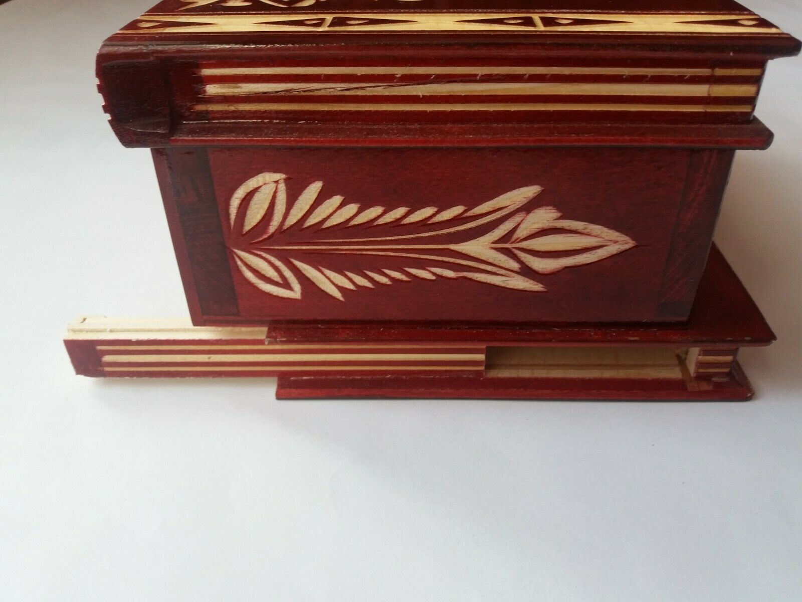 Big huge rot wooden puzzle box box box with secret opening storage for jewelry Gold ec32d4