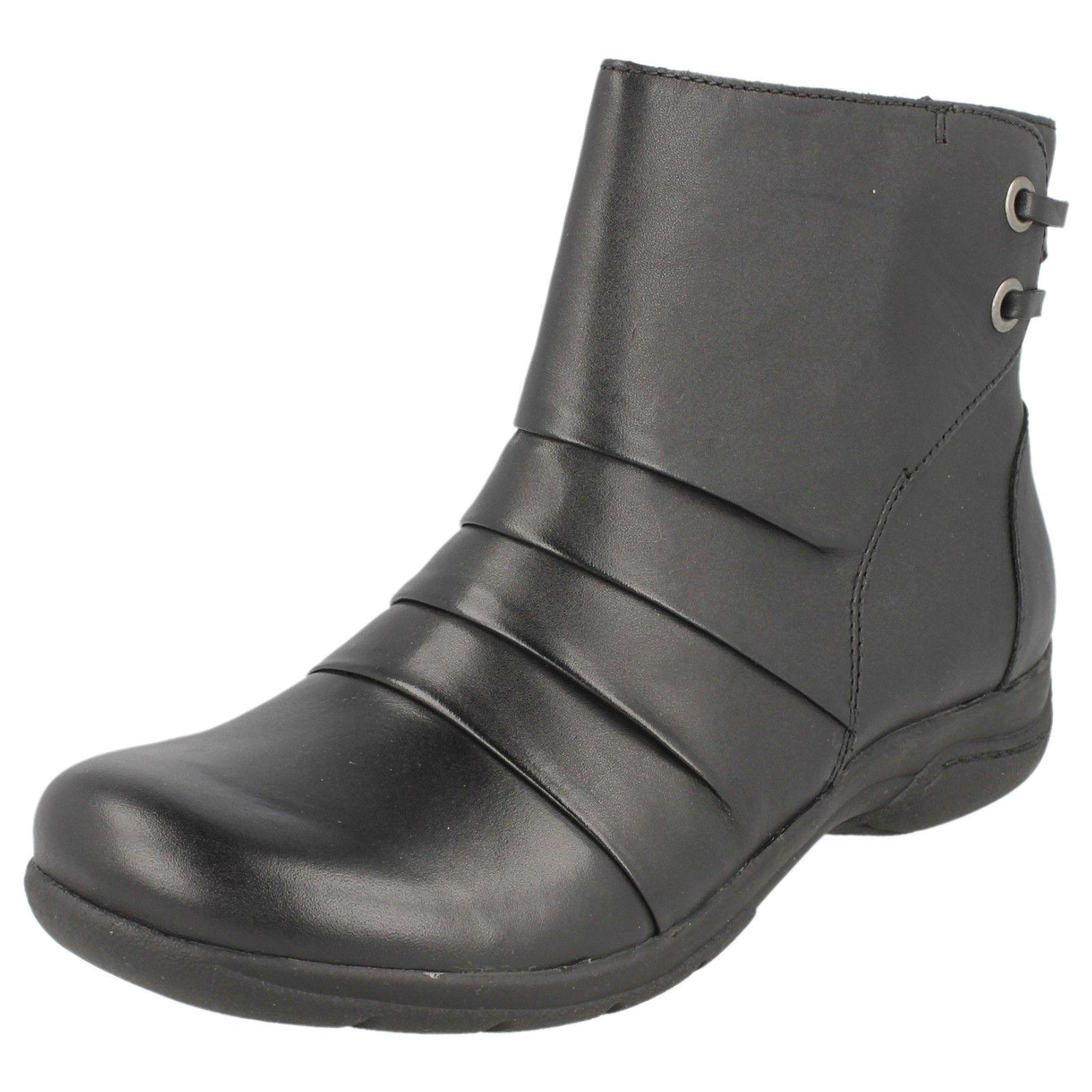 Clarks Mells Ruth femmes noir Bottines Cuir Cheville GB Taille 4 Largeur D (R5A)