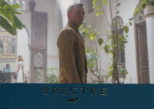 James Bond Archives 2016 Spectre Gold Parallel Base Card #38