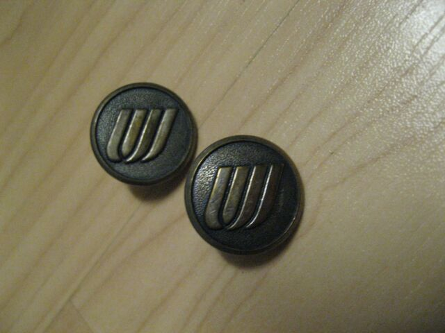 United Airlines Buttons - UAL Vintage Tulip Logo Uniform Jacket Sweater Button 2