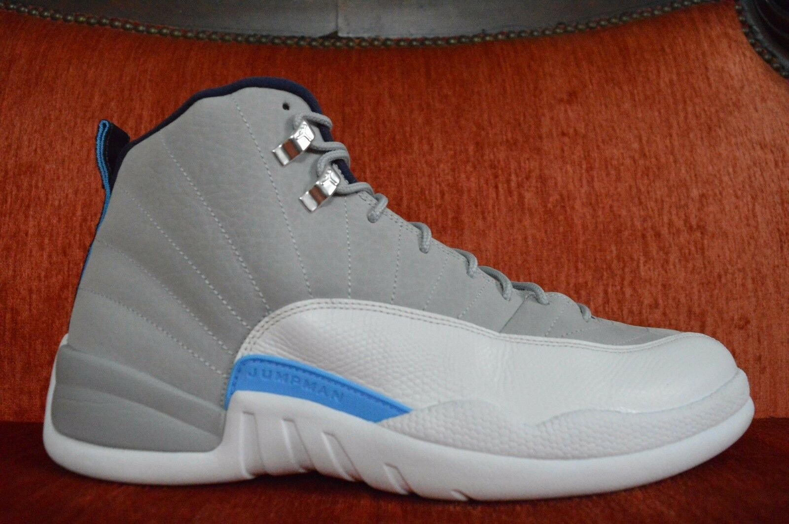 WORN ONCE Nike Air Jordan Xll Retro 12 UNC Wolf Grey Blue 130690-007 Comfortable Comfortable and good-looking