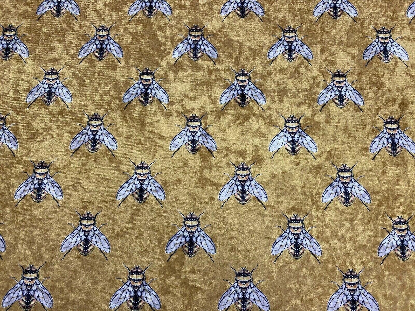 length 100cm1 yd Upholstery Velvet velvet pillow Bees in flowers Velvet Fabric Velvet curtain Upholstery Fabric Digital Print