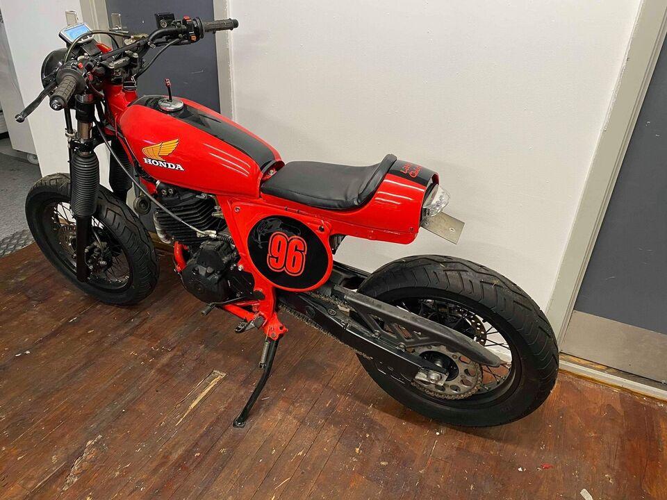 Honda, Nx 650 RD02, 644 ccm