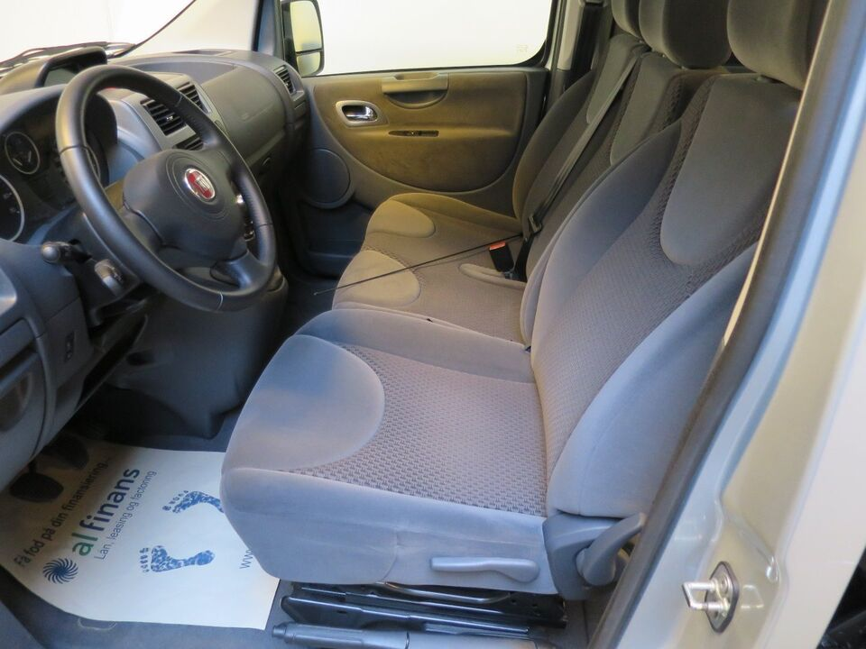 Fiat Scudo 2,0 MJT 130 Combinato L2 Diesel modelår 2015 km