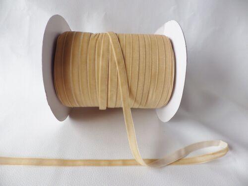 5m x 10mm Velvet Ribbon Caramel