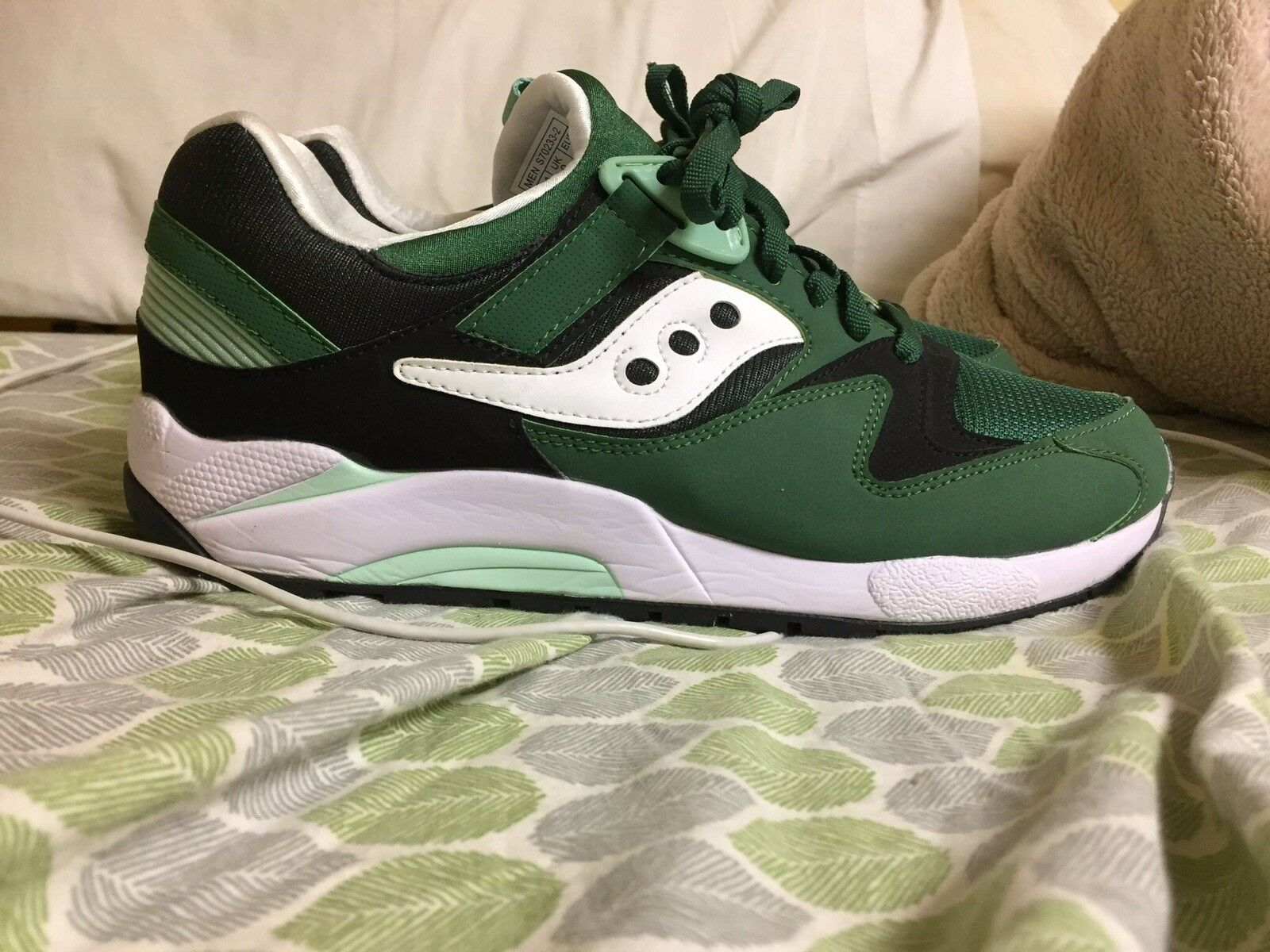dc07f58febf6 Men Women Saucony Size 10 Customer first Stylish and charming Famous Famous  Famous store 8c1b0e