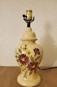 Vintage-Ceramic-Table-Lamp-Engraved-Flower-pattern