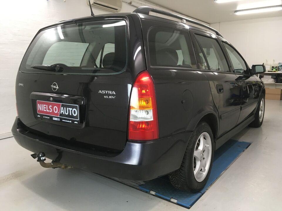 Opel Astra 1,6 16V Comfort stc. Benzin modelår 2004 km