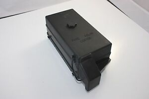 1997 thru 2004 c5 corvette under hood fuse box battery ... 95 s10 fuse box