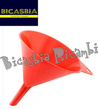 6599 - IMBUTO PER BENZINA VESPA DM 17 MM LUNGHEZZA 164 MM IN PLASTICA ROSSA
