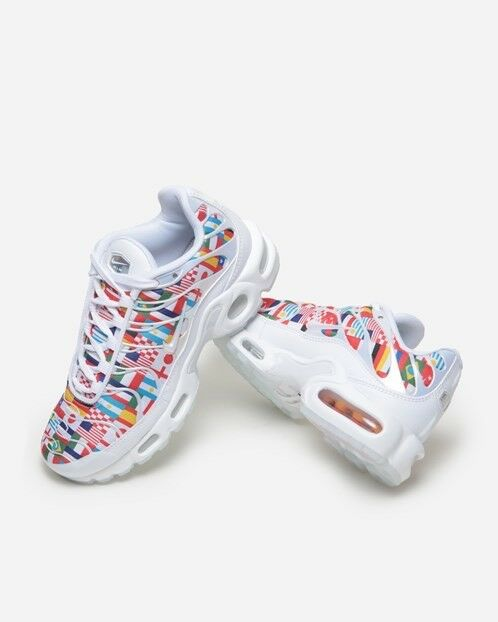 designer fashion 5fa47 34603 Nike TN Air Max Plus NIC International Flag Size 8 8 8 RARE ...