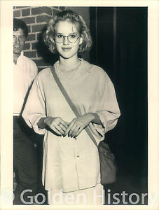 VINTAGE-PROMO-MOLLY-RINGWALD-THE-BREAKFAST-CLUB-REAL-PRESS-PHOTO-IMAGE