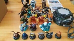 Lot 26 figurines skylander + jeux version PC et 3DS avec portail