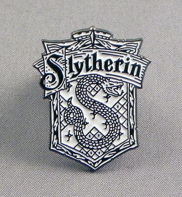 Spalding Quality Enamel Lapel Pin Badge