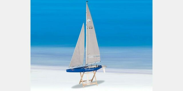 Kyosho Seawind 1-meter Ready-to-Run RC Racing Yacht - 40462S-B