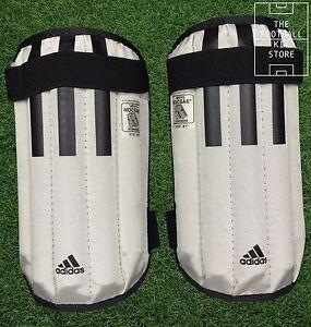 Adidas-Shinpads-Anatomic-Lite-11-Football-Soccer-Mens-Shinguards-Large