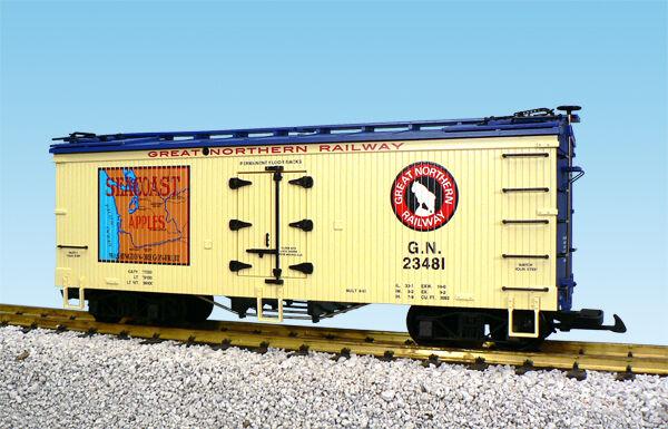 USA Trains G Scale R16343 GN/SEACOAST APPLES-CREAM/BLUE Reefer