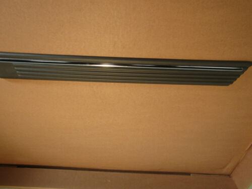 Zierleiste Tür hinten links grau//chrom Ascona C ORIGINAL OPEL 172583
