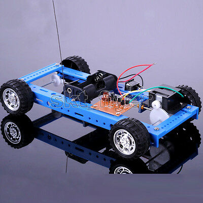 Blue Electric Four-wheel Drive Remote Control Car Model DIY Hobby 20*12*4cm