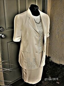 Vintage-Louis-Feraud-Skirt-Suit-ivory-Silk-Cathedral-Notre-Dame-Embroidery-8-10