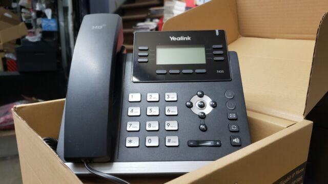 Yealink SIP-T42S Gigabit PoE de teléfono VoIP de protocolo de Internet (Fuente de alimentación No incluido)