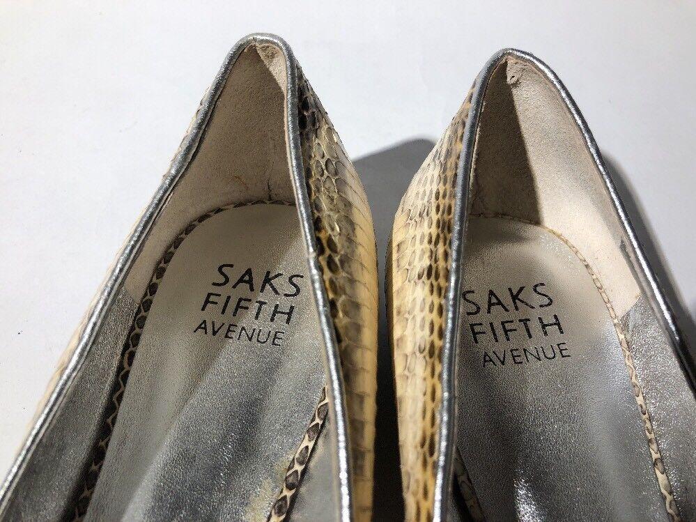 Saks Flats Fifth Avenue Beige Snakeskin Leder Silver Studs Flats Saks Schuhes Damens's 8M 38 49e13f