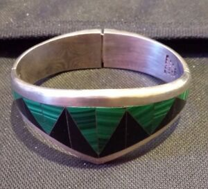Vintage-Sterling-Silver-Bracelet-with-Malachite-amp-Onyx-Inlay-Geometric-Design