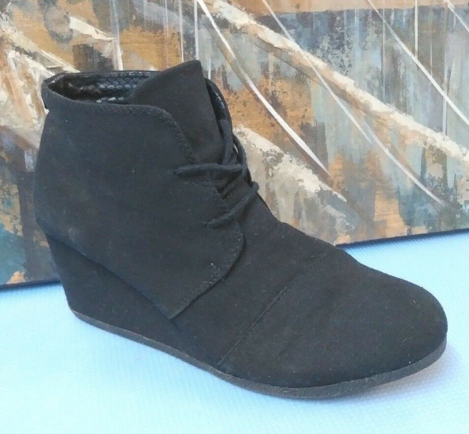 Call It Spring Black Wedge Side Zipper Ankle Boots Size 8.5