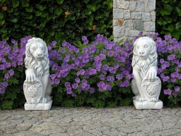 Gartenfiguren Set 2 Löwen mit Wappen 54 cm Steinguss Torwächter Gartendeko