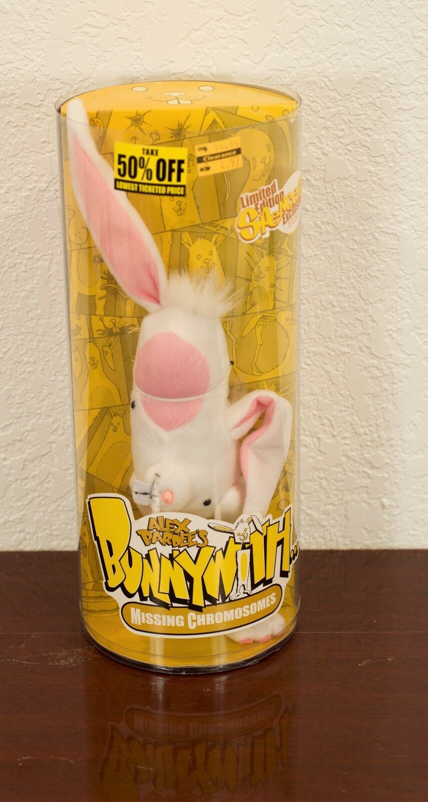 2005 ALEX PARDEE'S BUNNYWITH-MISSING CHROMOSOMES  3000 LIMITED EDITION MIB