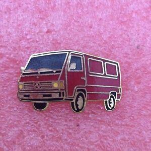 Pins-Voiture-MERCEDES-Camion