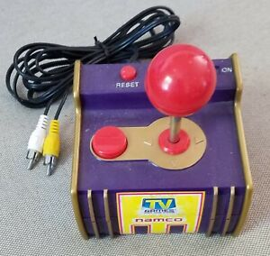 JAKKS-Namco-Pac-Man-5-in-1-Plug-and-Play-TV-Video-Game-System-2003