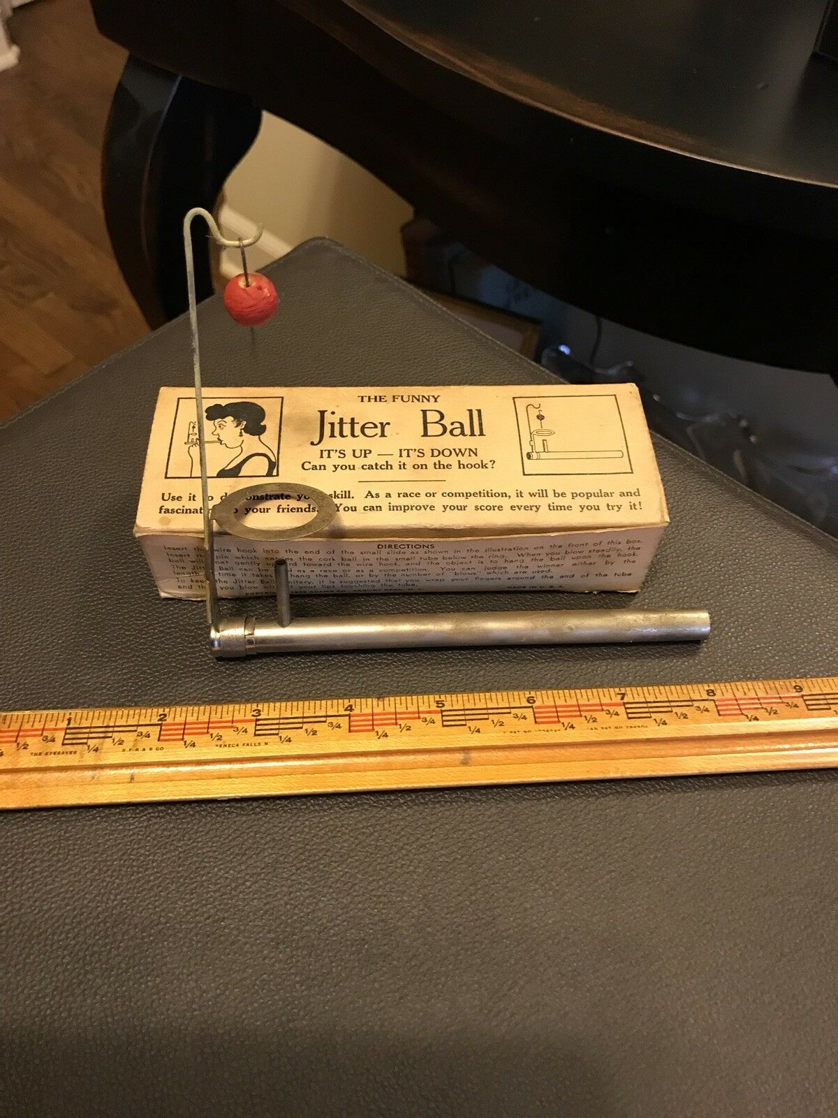 ANTIQUE Vintage 1930's 1940's JITTER BALL. fascinating to your friends.