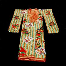 Wedding Kimono Heavily Embroidered with Gold Threads Woven into Bee Hive Pattern