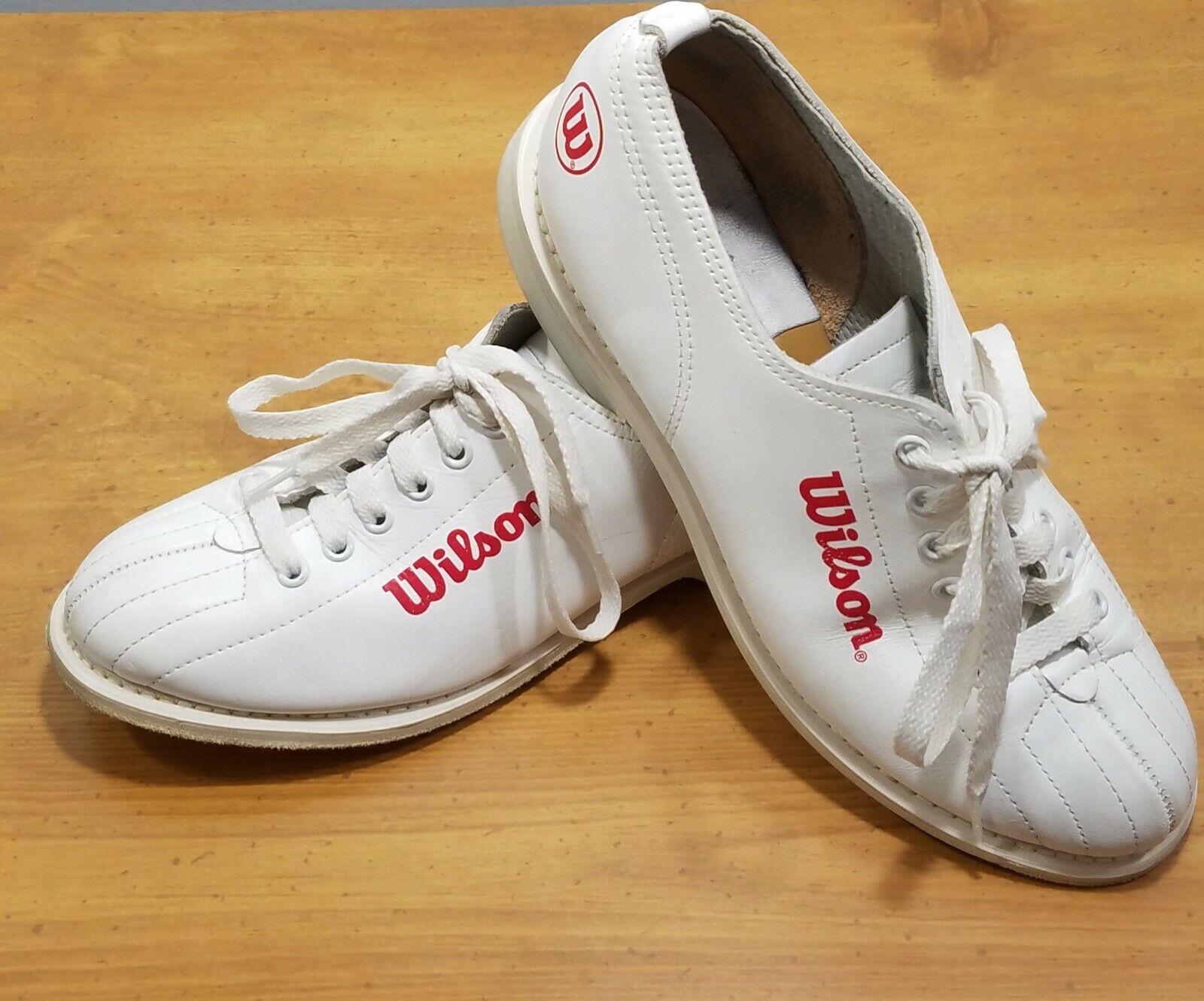 Wilson Bowling shoes Womens 6.5 Vintage Retro White Split Toe W21852182