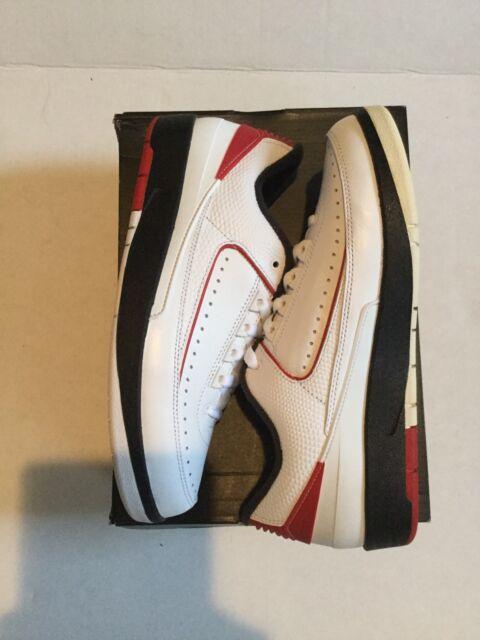 5b2af174991a4c Air Jordan Mens Retro 2 Low Nike 832819 101 Black White Red Bred Size 8  Wings