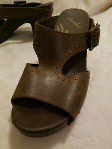 New DANSKO women dark brown leather 3.5