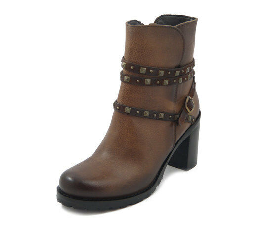 Womens Ankle Boots Leather Brown Studded Leather, Mid Heel 7 CM, Piranha