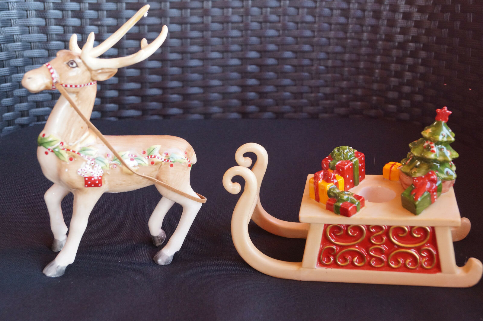 Villeroy & Boch Toys Winter Winter Winter Bakery Kerzenhalter Rentier mit Schlitten dfa745