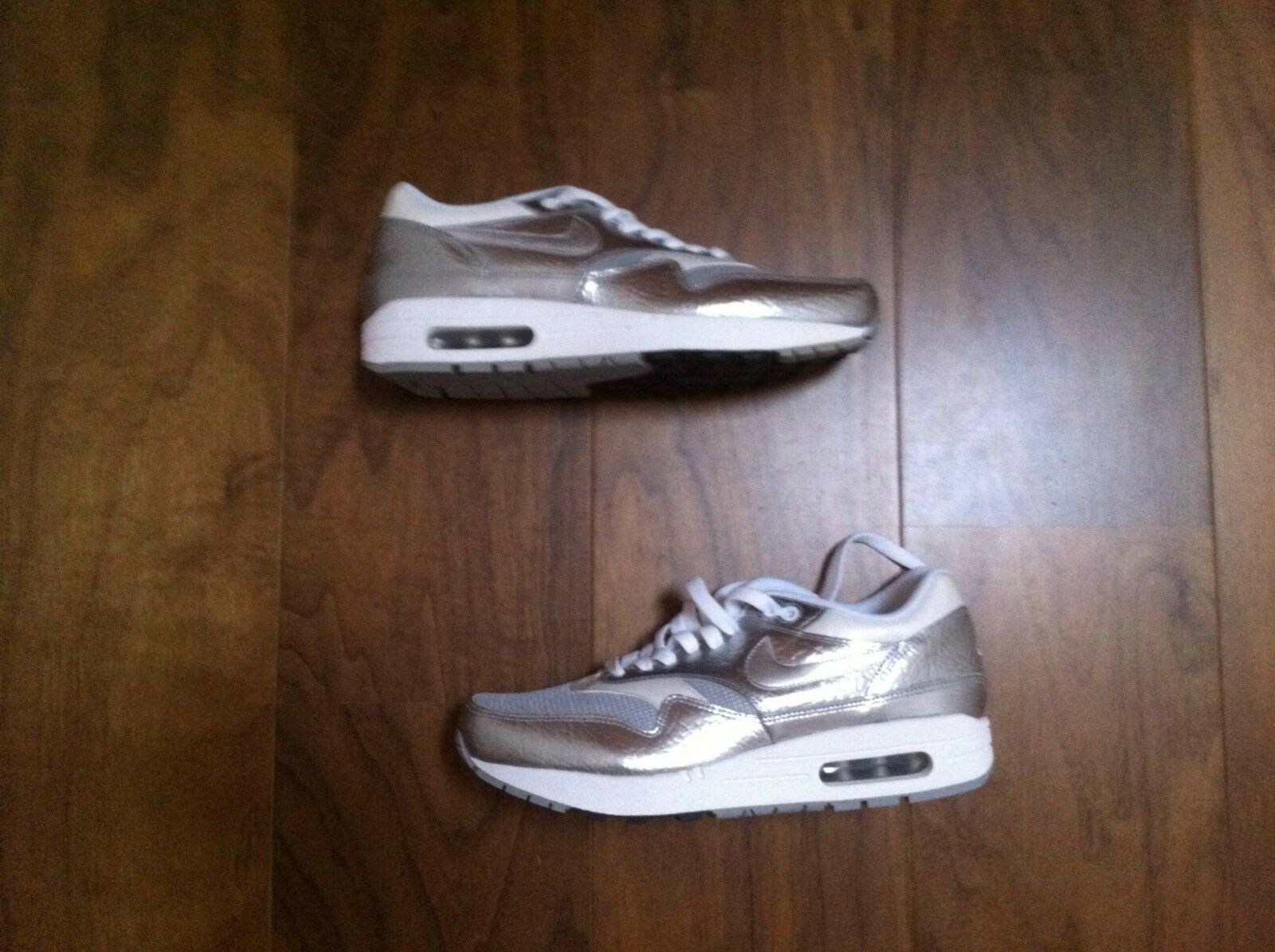 NIKE AIR MAX 1 PREMIUM QS LIMITED EDITION