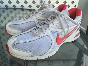 NIKE AIR VISI SLEEK Women s Pink Running Athletic Shoes Sneakers ... 1279e8285f