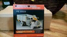 Voyager Model PE35525 WWII German Opel Blitz 3t. 4 x 2 Cargo truck/Bay (nl)