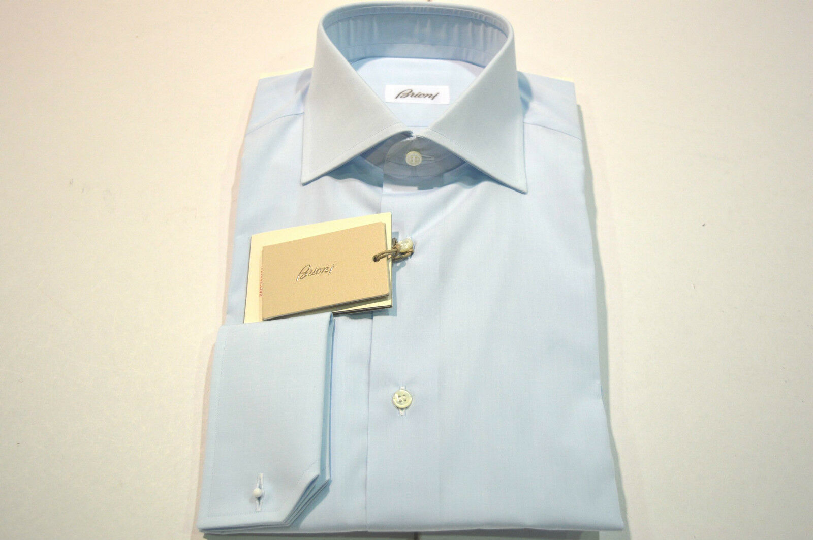 NEW  BRIONI Dress SHIRT 100% Cotton Size 15.75 Us 40 Eu    (Store Code AP7)
