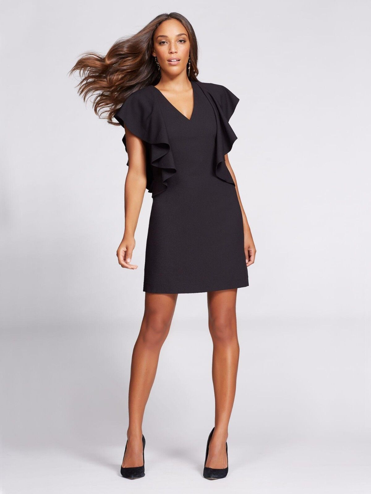 NWT New York & Co. Gabrielle Union Ruffle Sleeve schwarz Shift Dress Sz XS