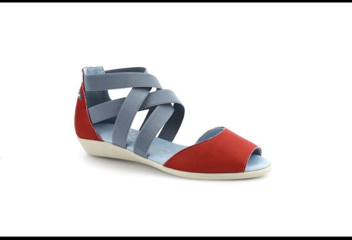 Cloud Footwear Cardinal Sandal Peep Toe Red   bluee Leather Size 37